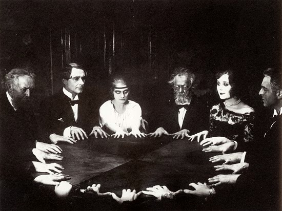 abraham lincoln ghost caught on tape. seance public domain photo abraham lincoln ghost caught on tape